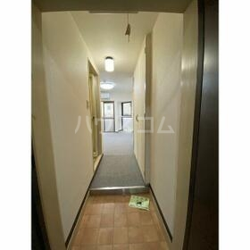 エクセランス新栄 103号室の玄関
