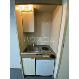 エクセランス新栄 103号室のキッチン
