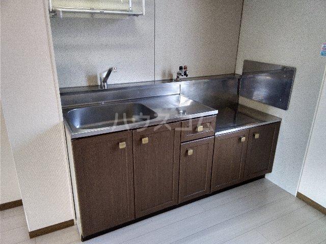サニーコート治平 103号室のキッチン