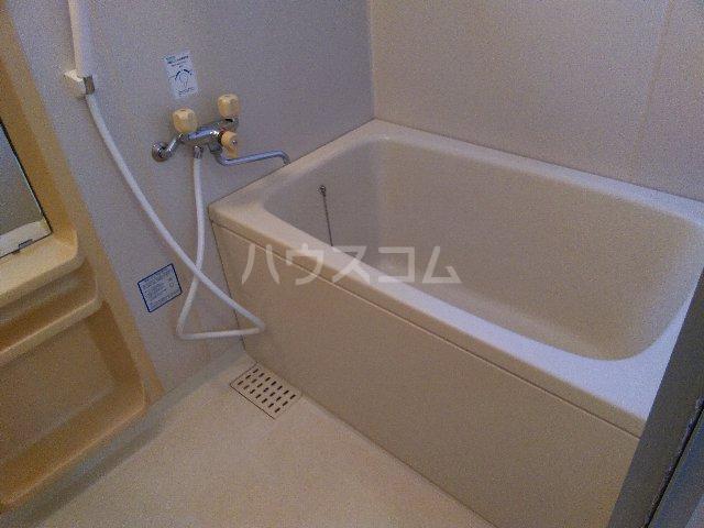 サニーコート治平 103号室の風呂