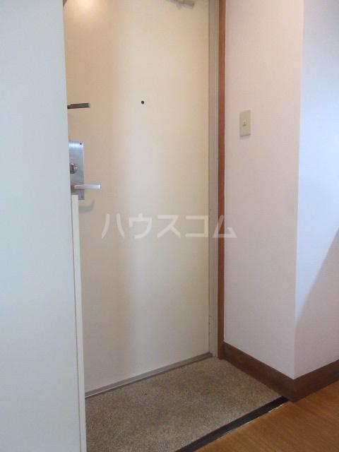 ラフィネ新栄 6011号室の玄関