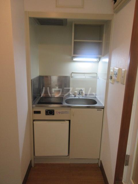 ラフィネ新栄 6011号室のキッチン