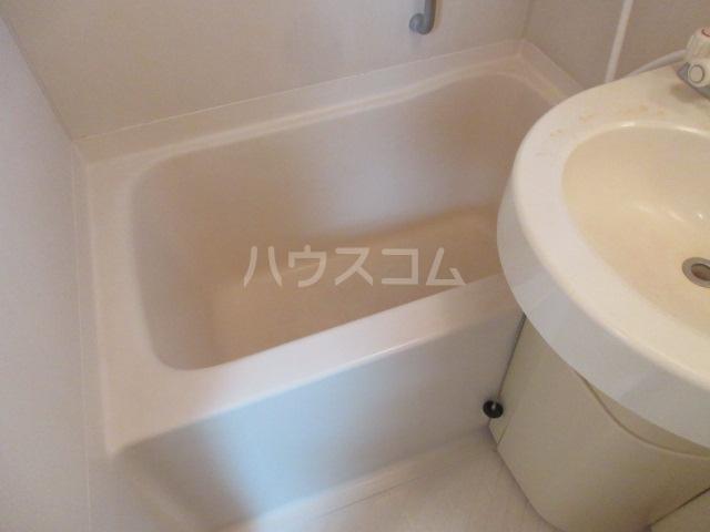 ラフィネ新栄 6011号室の風呂