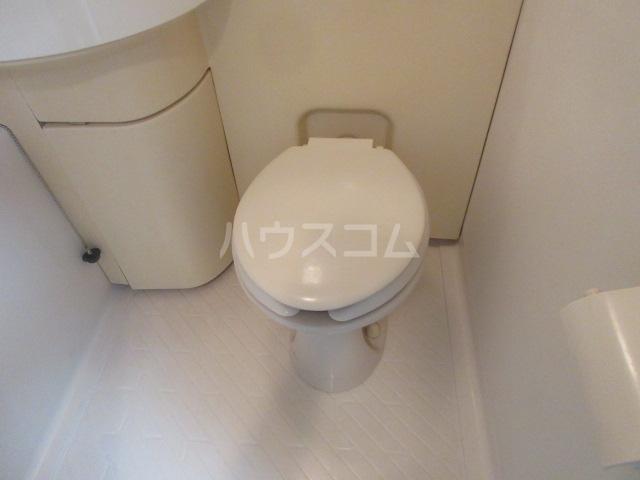 ラフィネ新栄 6011号室のトイレ