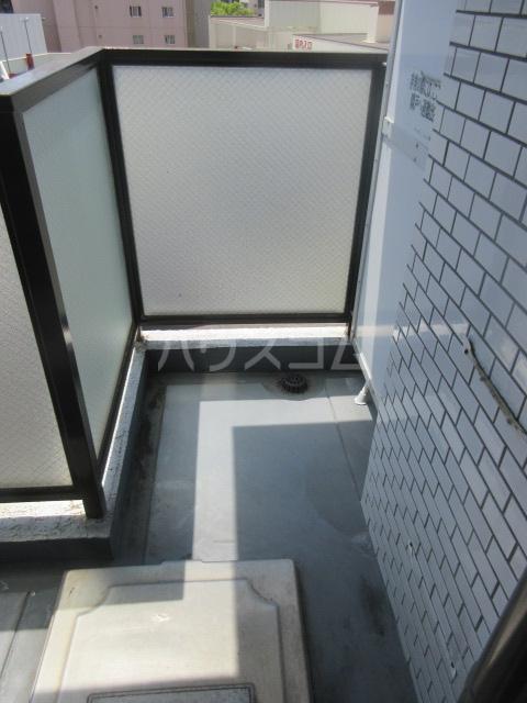 ラフィネ新栄 6011号室のバルコニー