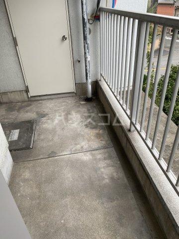 サンシャイン中郷 3A号室のバルコニー