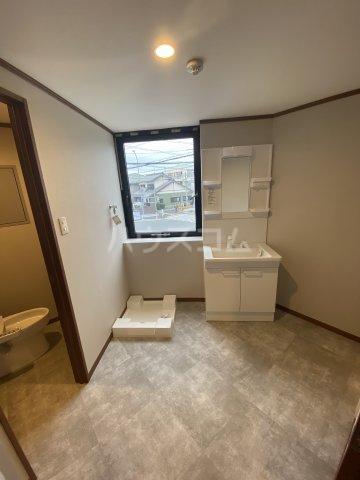 サンシャイン中郷 3A号室の洗面所