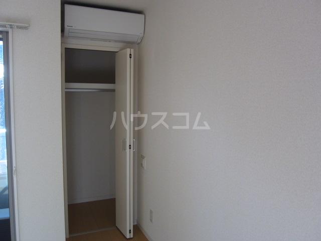 クレフラスト荒子 103号室の収納