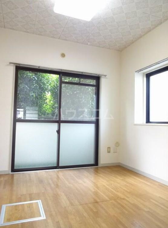 第3橘ハイツ 106号室の居室