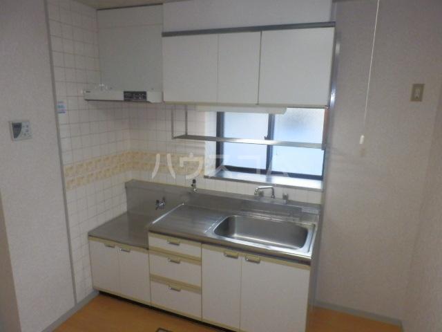 第3橘ハイツ 106号室のキッチン