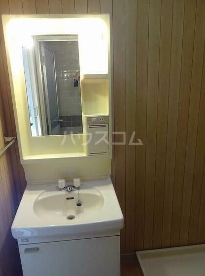 第3橘ハイツ 106号室の洗面所