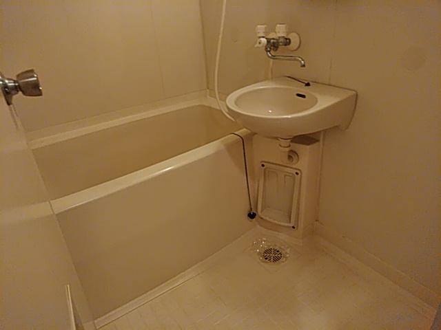 アーバンライフ金山Ⅱ 601号室の風呂