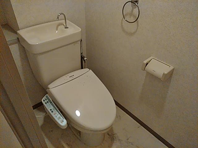 アーバンライフ金山Ⅱ 601号室のトイレ