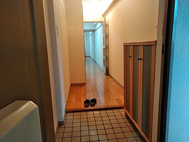 アーバンライフ金山Ⅱ 601号室の玄関