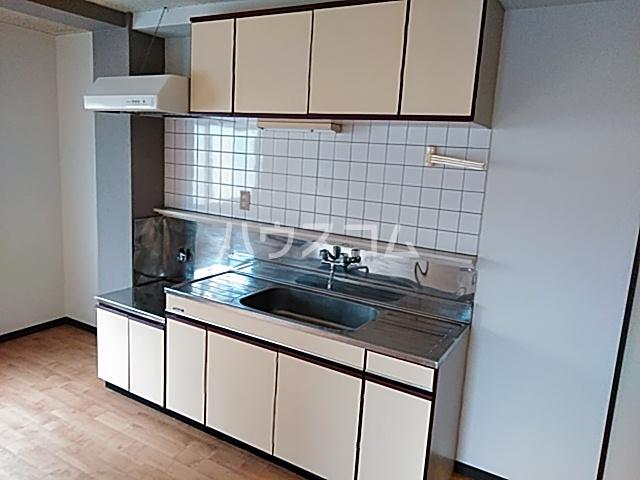 ITOハイツ 202号室のキッチン