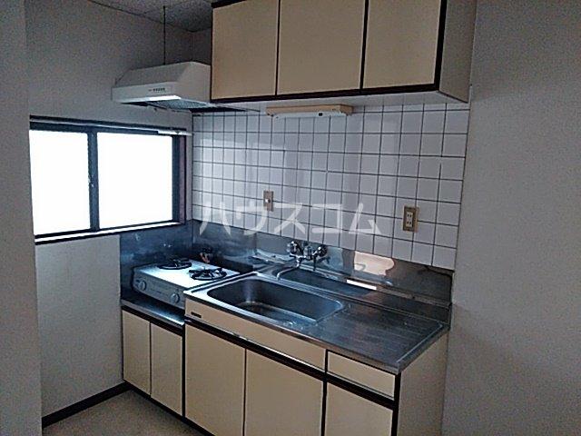 ITOハイツ 203号室のキッチン