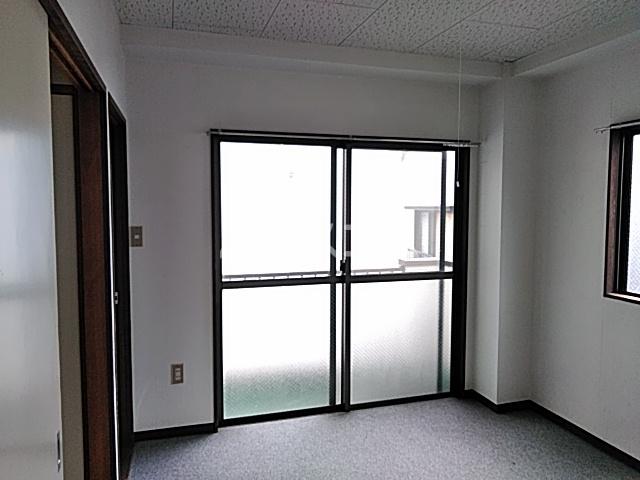 ITOハイツ 203号室のリビング