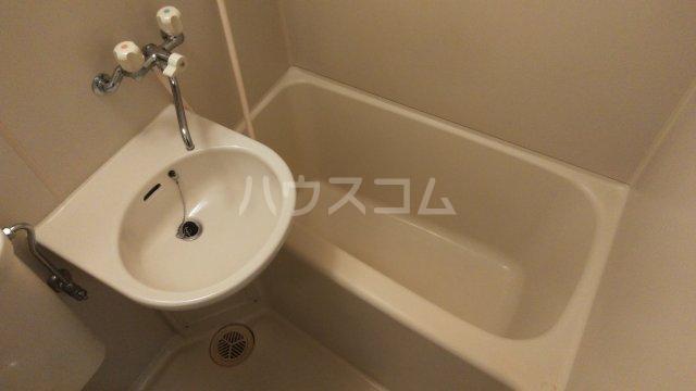 ユニオンK 206号室の風呂