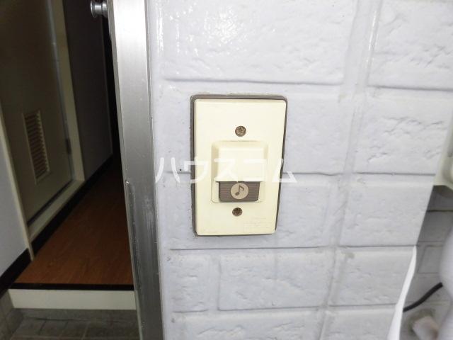ストークハイツ 201号室の居室