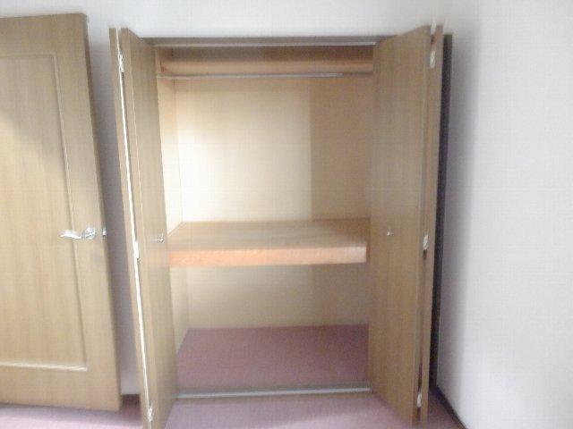 プロビデンス日比野 3B号室の収納