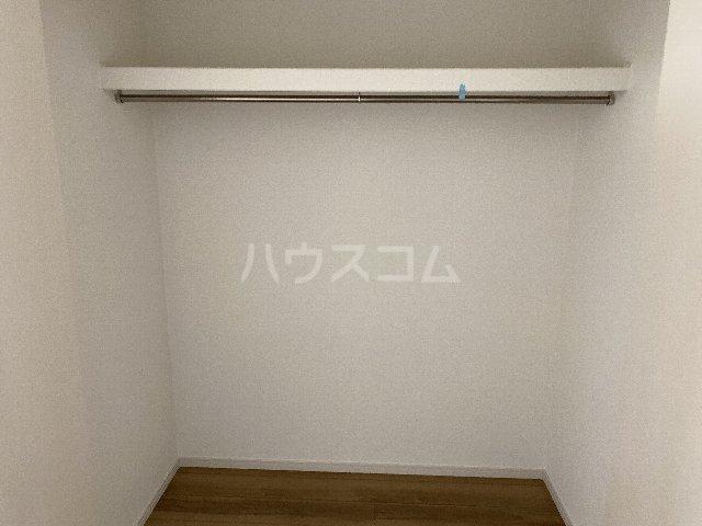 サンキエム 1-A号室の収納