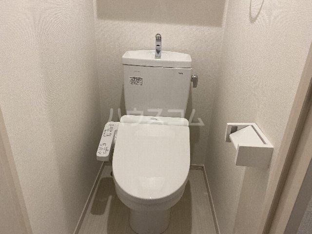 サンキエム 2-B号室のトイレ