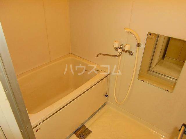 ハイツ青葉台 302号室の風呂