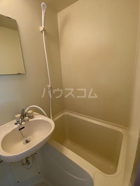 レモンハウス宮戸D 227号室の風呂