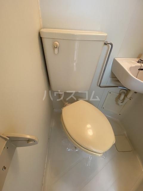 レモンハウス宮戸D 227号室のトイレ