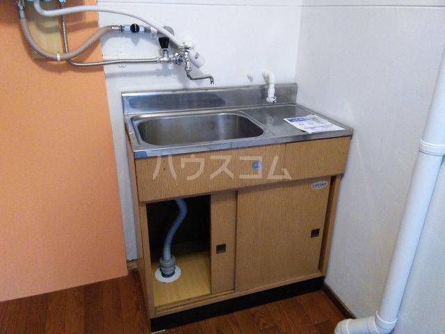 真弓ビル 310号室のキッチン
