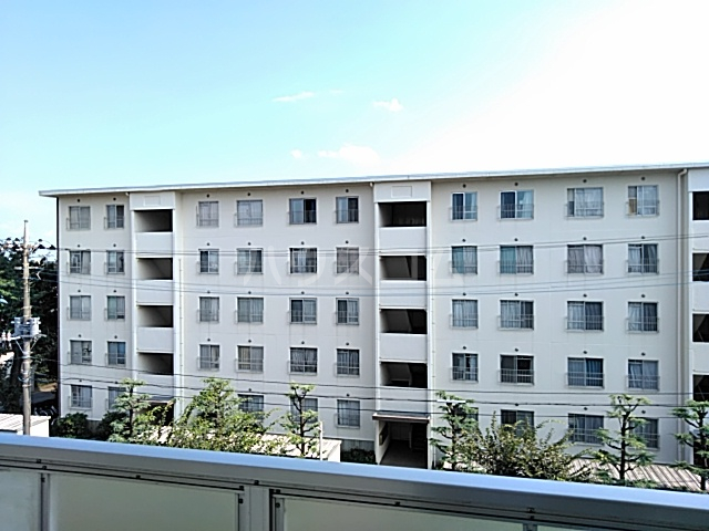西武郊外マンションC棟 00403号室の景色