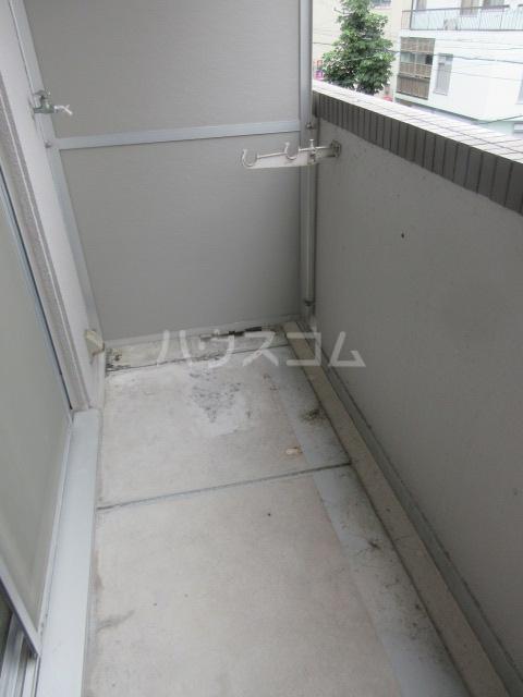 ラディアントⅢ 303号室のバルコニー