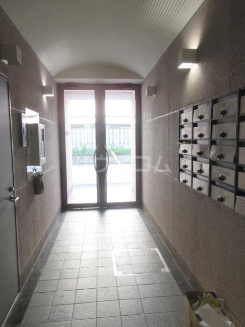 ラディアントⅢ 303号室のロビー