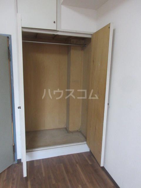ラディアントⅢ 303号室の収納