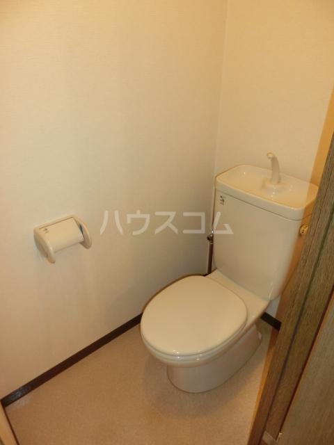 CRECER新栄 102号室のトイレ