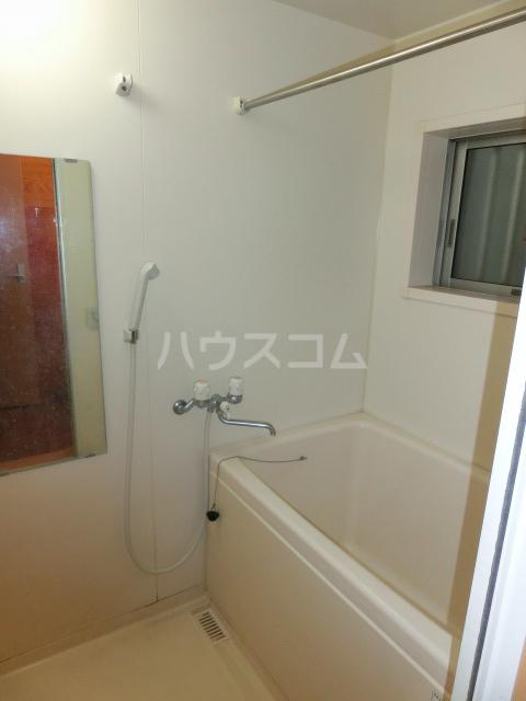 キャナル栗原B棟 101号室の風呂