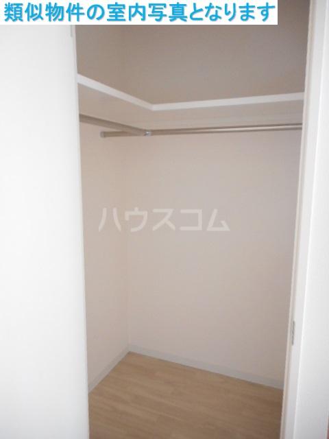 モンテーニュ名駅 301号室の収納