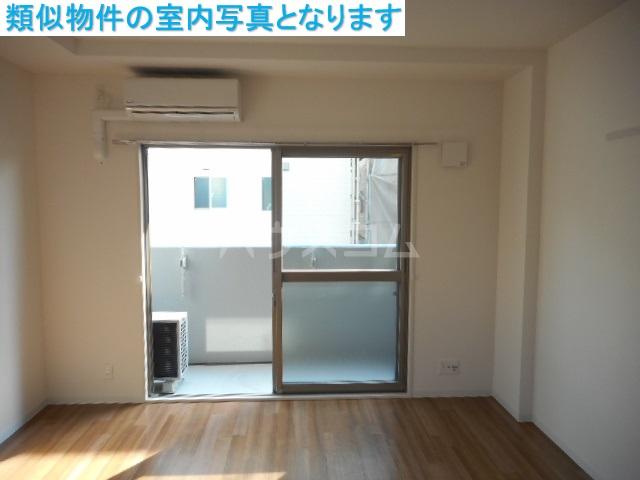 モンテーニュ名駅 702号室のベッドルーム