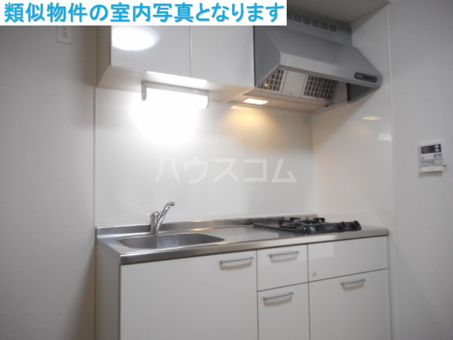 モンテーニュ名駅 203号室のキッチン