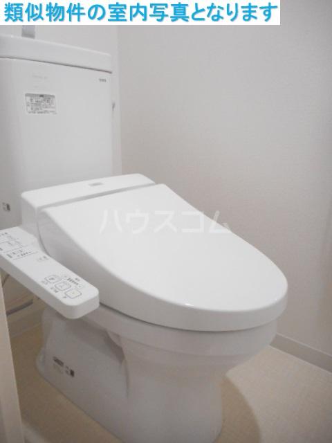 モンテーニュ名駅 603号室のトイレ