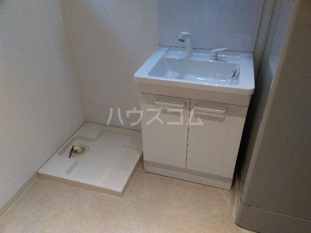 太閤通522ビル 301号室の洗面所