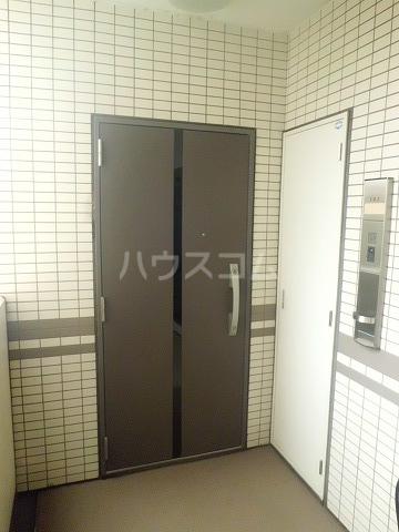 レリア和光 102号室の玄関