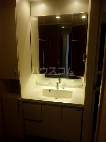 レリア和光 102号室の洗面所