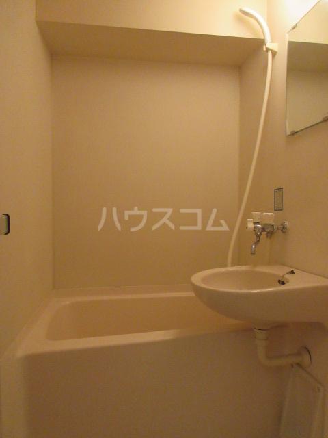 セントラルホーム千早 206号室の風呂