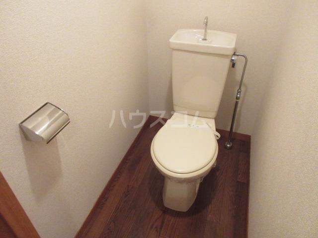 セントラルホーム千早 206号室のトイレ