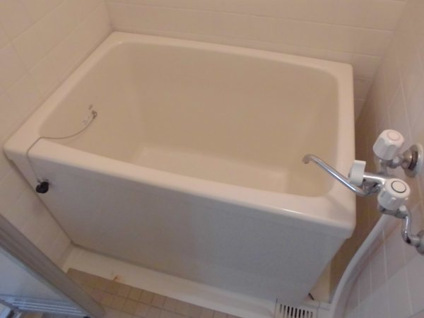 アーバンホーム ワン 301号室の風呂