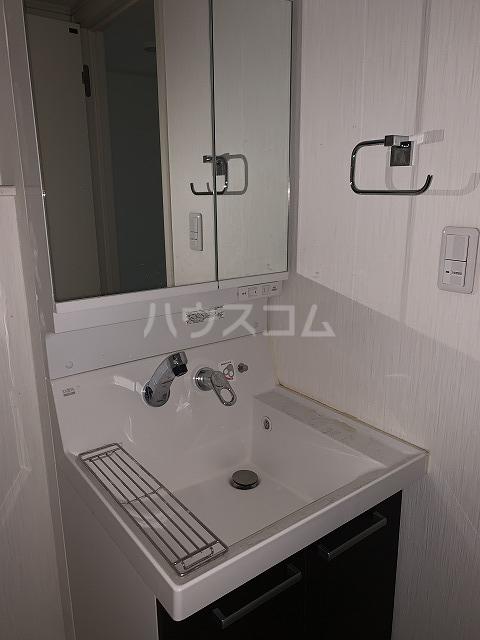 アルエット 102号室の洗面所