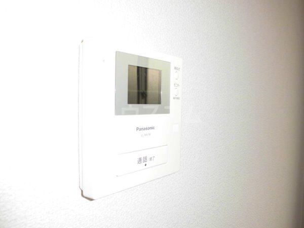 H・I ビル 705号室のセキュリティ