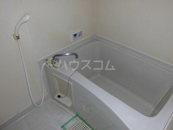H・I ビル 705号室のトイレ