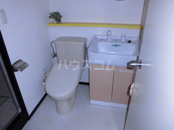 H・I ビル 705号室の風呂
